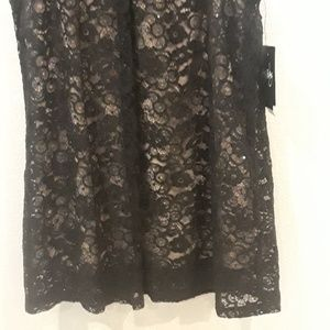Tops - Blouse Black Sequinced Laced Gold Flower New